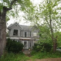 Bangor considering takeover of abandoned properties on Court, Larkin streets