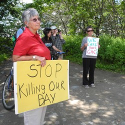 Shoreline showdown? Environmental activists demand action at Kidder Point