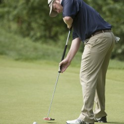 Hickson ties Sugarloaf Golf Club's course record, leads State of Maine tourney