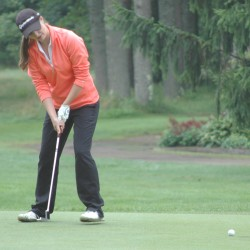 Former UMaine women's hoop teammates Liz Coffin, Jen Gavett shine at golf now