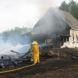 Searsmont fire destroys sculptor's barn