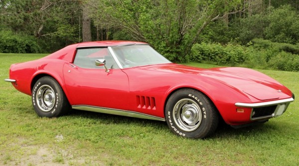 1969 Chevrolet Corvette 'Stingray' automobile that will be included in Thomaston Place Auction Galleries' sale on August 25 & 25