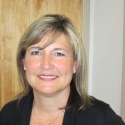 Nicole Cushing, Vault Teller