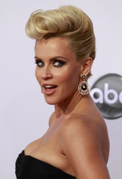 Actress Jenny McCarthy arrives at the 40th American Music Awards in Los Angeles, California, November 18, 2012. McCarthy was named a new co-host on ABC's &quotThe View.&quot