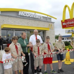 New McDonald's opens on Hogan Road in Bangor