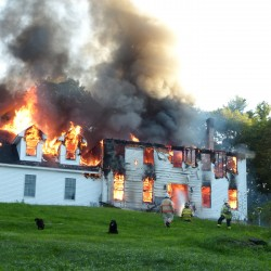 Wiscasset carwash goes up in flames