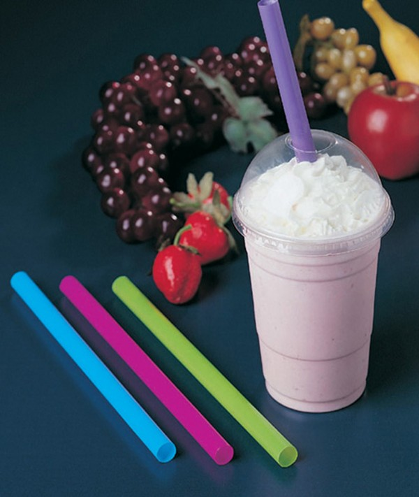 Drinking straws have grown in diameter -- a straw argument for what's behind the rise in obesity.