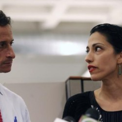 NYC mayoral hopeful Anthony Weiner stays in race after new lewd notes surface