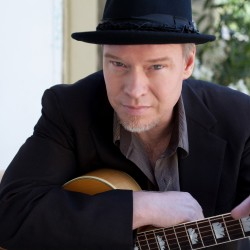 Shawn Mullins to perform at Savage Oakes Vineyard & Winery.