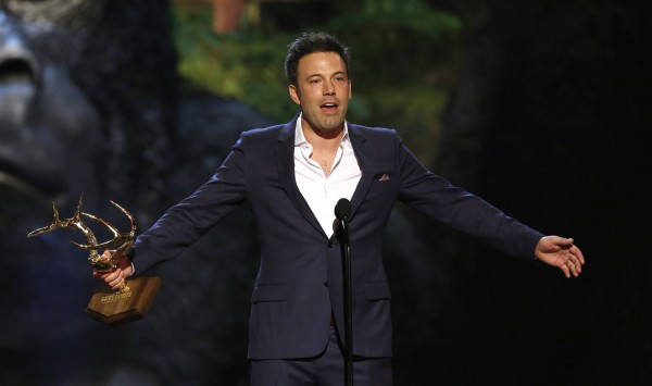 Actor and director Ben Affleck accepts the Guy of the Year award at the seventh annual Spike TV's &quotGuys Choice&quot awards in Culver City, California in this June 8, 2013, file photo. Affleck has been cast as Batman in an upcoming Superman sequel that will see the two caped crusaders face off against each other, film studio Warner Bros Pictures said in a statement.