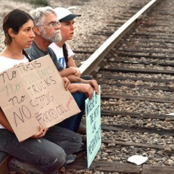 6 arrested after blocking Fairfield train tracks during protest of fracked oil