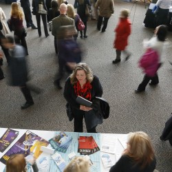 U.S. jobless claims drop to lowest level since 2007