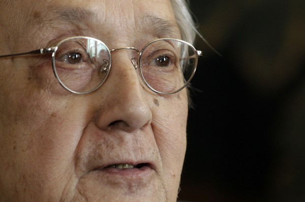 French lawyer Jacques Verges speaks during a news conference in his offices, in Paris April 8, 2011.  Verges, nicknamed &quotTerror's Advocate&quot for a high-profile client list that included a former Gestapo chief and Marxist militant Carlos the Jackal, died August 15, 2013 of a heart attack, aged 88, his publisher said.