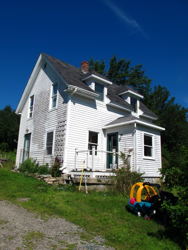 William Morse, 43, is accused of passing himself off as Richard Bellittieri when he rented out this house in the Mount Desert village of Hall Quarry to a young family last fall.