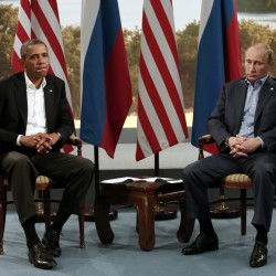 Obama challenges Russia to agree to deeper nuclear weapon cuts