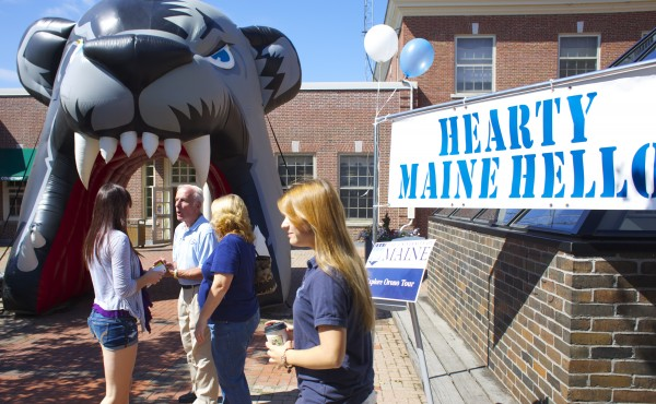 Students move into University of Maine in Orono Friday morning at the start of Welcome Weekend.