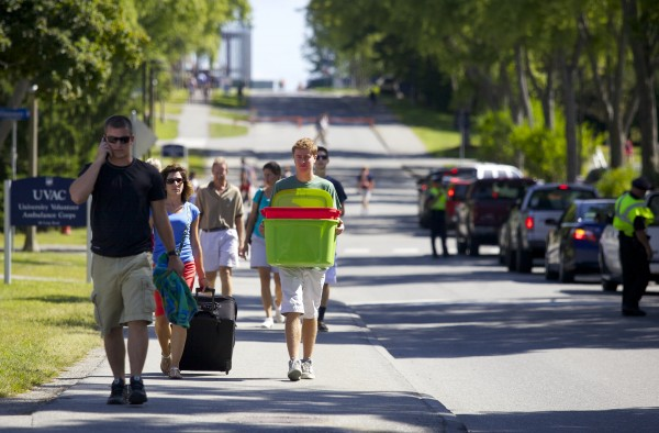 Students move into dorms at University of Maine in Orono Friday morning at the start of Welcome Weekend for new students.