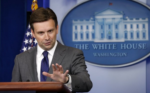 White House Principal Deputy Press Secretary Josh Earnest speaks about Syria during a press briefing at the White House in Washington August 29, 2013.