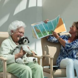 Barbara Bush reads to sick children in Portland