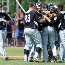 Resilient Panama edges Kennett Square, Pa., to win Senior League World Series baseball crown