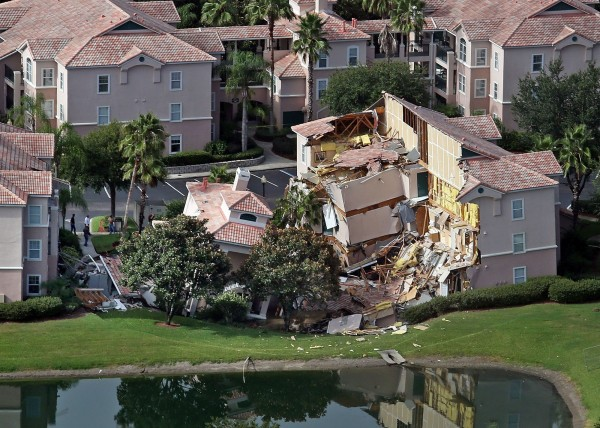 Guests had only 10 to 15 minutes to escape the collapsing buildings at the Summer Bay Resort on U.S. Highway 192 in the Four Corners area about 7 miles east of Walt Disney World resort in Florida after a large sinkhole opened up late Sunday.