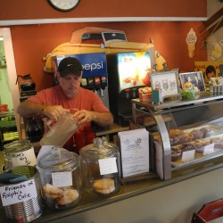 Ralph's Cafe a mix of classic Maine fare and worldwide cuisine