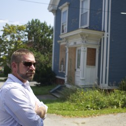 Housing collapse turns into cottage industry for Bangor man