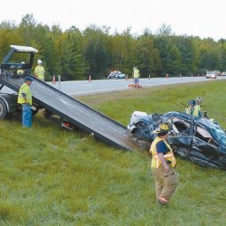 Tractor trailer crash, diesel spill snarling traffic on I-295 near Bowdoinham