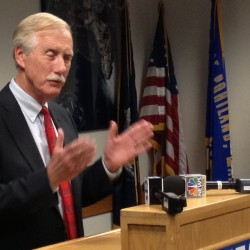 Angus King urges cautious response to Syrian nerve gas reports