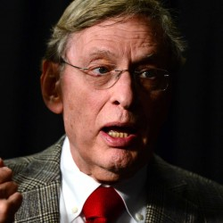 Selig's contract extended through the 2014 season