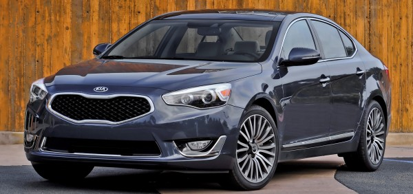 The 2014 Kia Cadenza is a beautiful car in terms of visual appeal and overall feel. But it lacks personality.