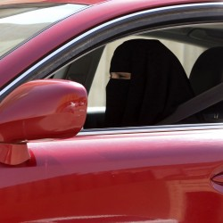 Saudi woman driver sentenced to 10 lashes after king grants vote