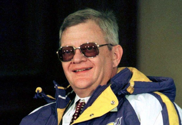 Novelist Tom Clancy is shown in this February 5, 1998 file photo. The bestselling author, whose military thrillers inspired movies and video games, has died at the age of 66, according to news reports.