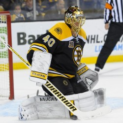 Strong start propels Bruins past Devils