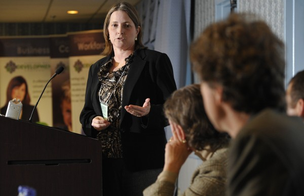 Susan MacKay, CEO of Orono-based Cerahelix, pitches her business and its nanofiltration technology to a panel of judges at the Innovation to Venture conference in this 2010 file photo.