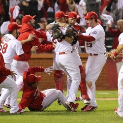 All's well with Cardinals; Dodgers hurting