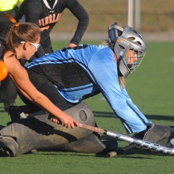 Resilient Winslow field hockey team off to 8-0 start