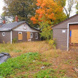 Brewer City Council finds dilapidated house a danger
