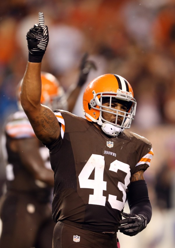 Cleveland Browns strong safety T.J. Ward celebrates after beating the Buffalo Bills 37-24 at FirstEnergy Stadium in Cleveland Thursday night.