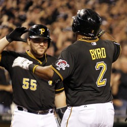 Pirates, Dodgers move to 2-1 leads in NL Division Series