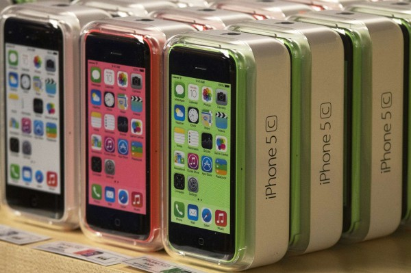 Apple iPhone 5C phones are pictured at the Apple retail store on Fifth Avenue in Manhattan, New York in this Sept. 20, 2013 file photo.