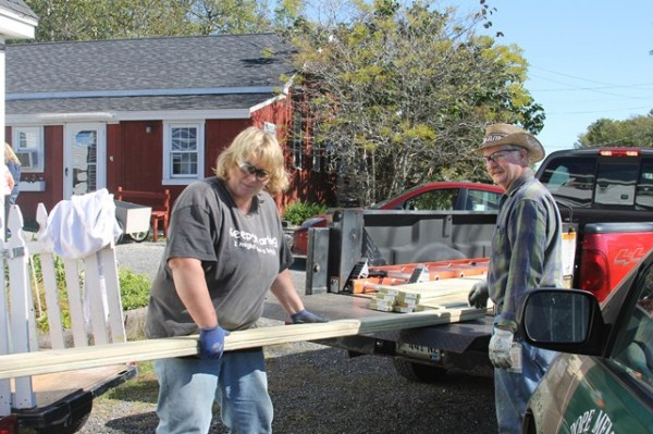 FMC volunteers Kelly Fogg and Neal Reed gear up for another shelter maintenance project on Thursday, September 19 at the PMHSKC shelter in Thomaston.