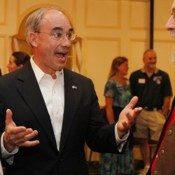 LePage clarifies he isn't endorsing Poliquin after treasurer's mailer touts work with governor