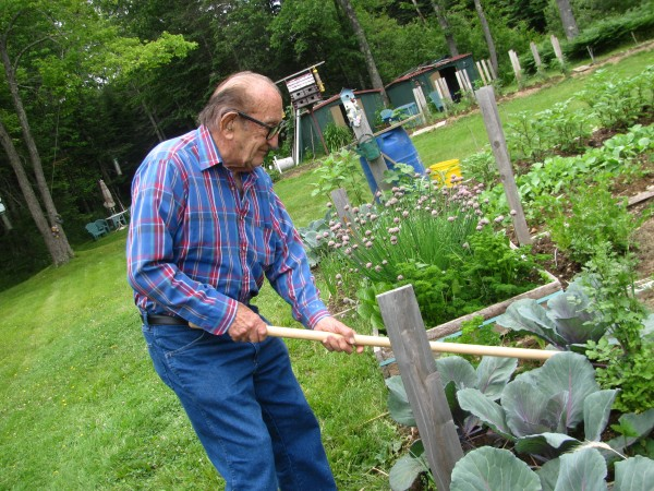 93-year-old Bob Perdrizet swears by his Miracle Finger Hoe, a lightweight gardening tool that he recently has succeeded in manufacturing entirely in Maine.