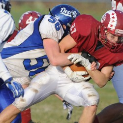 Lanham carries Bangor football team past Oxford Hills