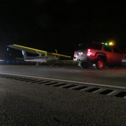 Small plane lands on I-295, slows southbound traffic
