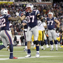 Patriots' Brady enjoying another strong season at midpoint