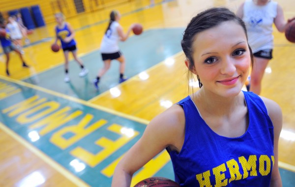 Senior guard Raychel Alley has transferred to Stearns High in Millinocket and will join her freshman sister Emma in the Minutemen basketball team's starting lineup this season.