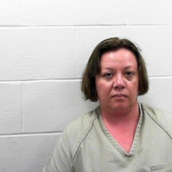 Harpswell woman pleads guilty to stealing $80,000 from Ramada Inn in Lewiston