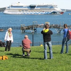 Bar Harbor on schedule for record-breaking cruise ship season